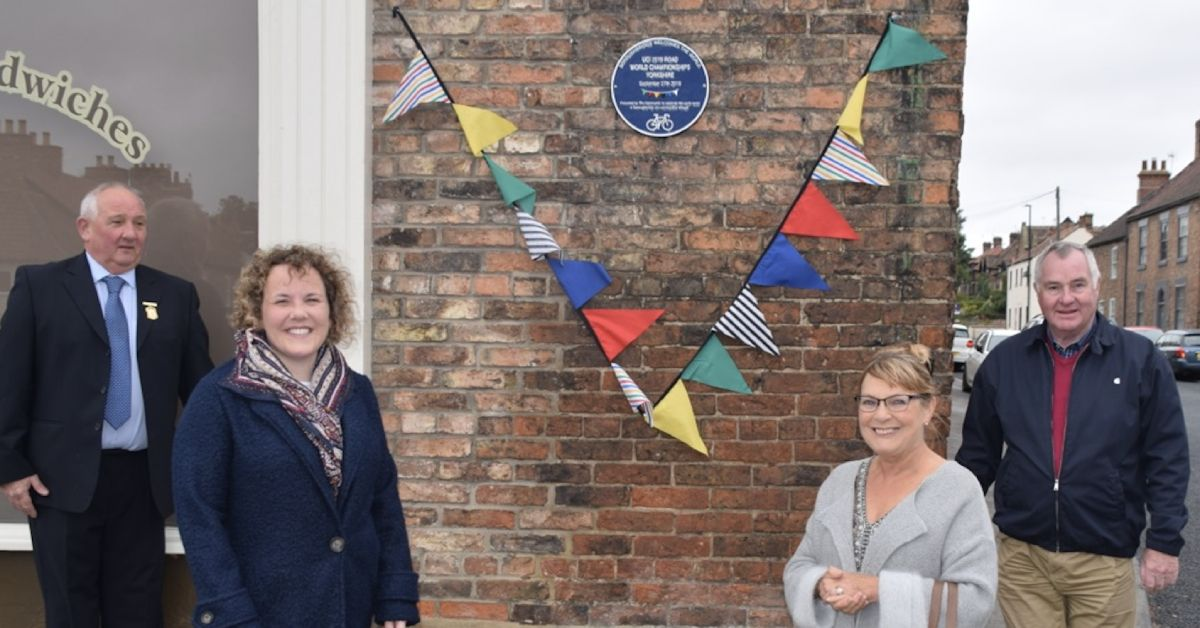 Commemorative plaque for UCI cycling race unveiled in Boroughbridge
