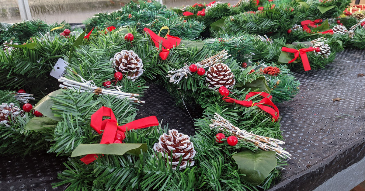 Harrogate council to stop selling plastic wreaths