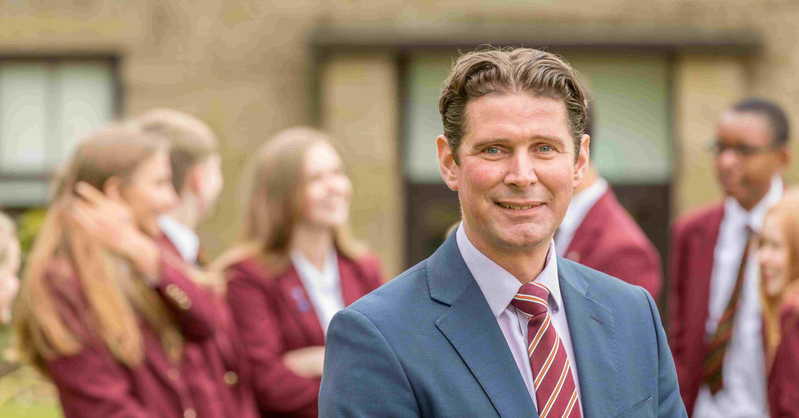 Ashville College Headmaster dies of cancer aged 48