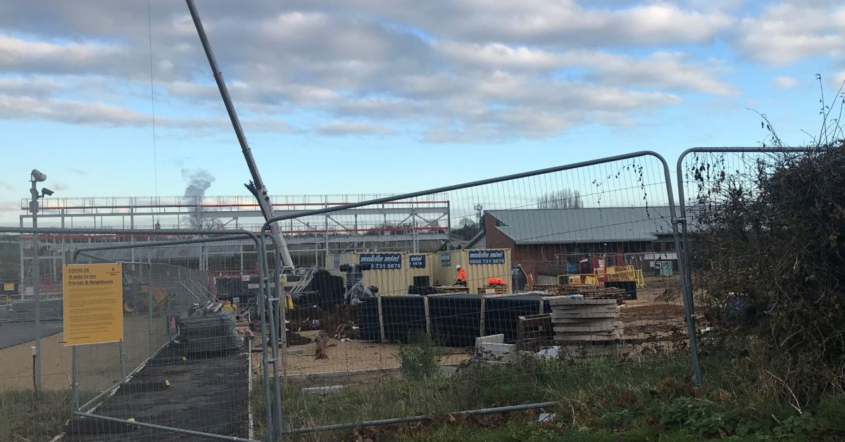 Additional construction costs of Ripon swimming pool 'confidential'