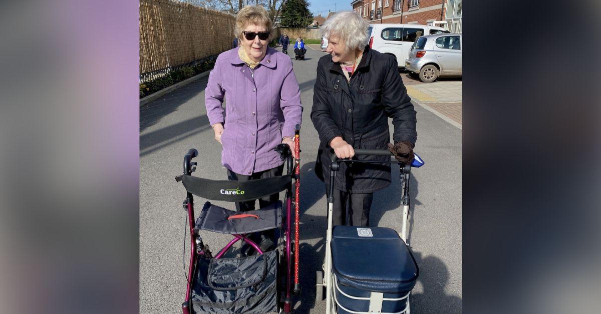 Harrogate Neighbours walk 36 miles for Alzheimer's Society