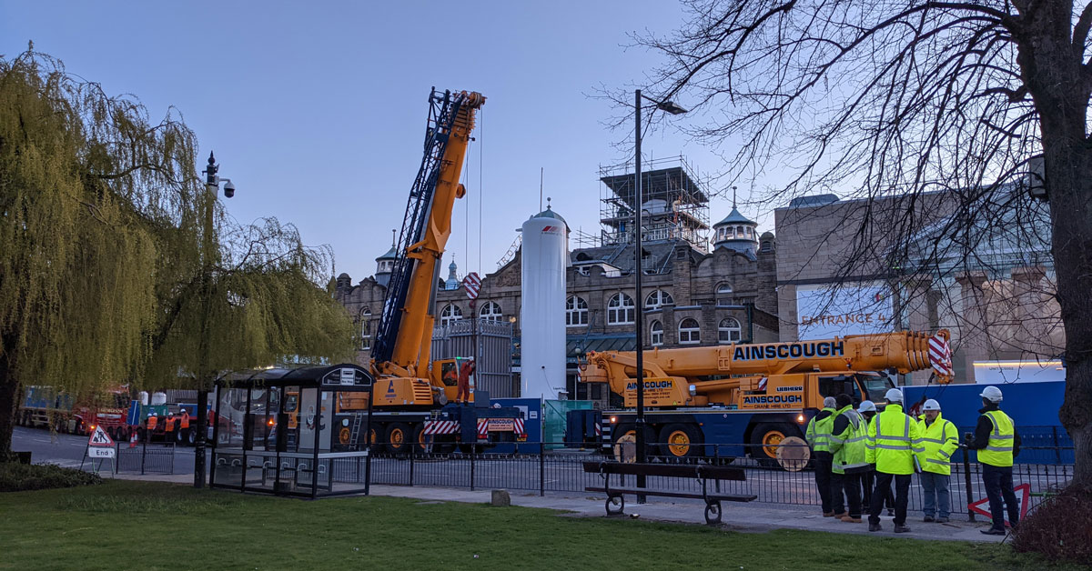 Cranes in place to remove Nightingale oxygen tanks in Harrogate