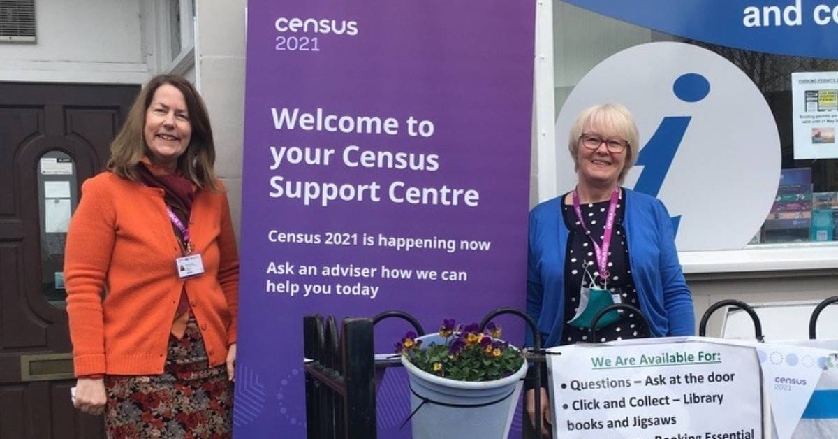 Photo of Census support centre advisors Heather and Sandra