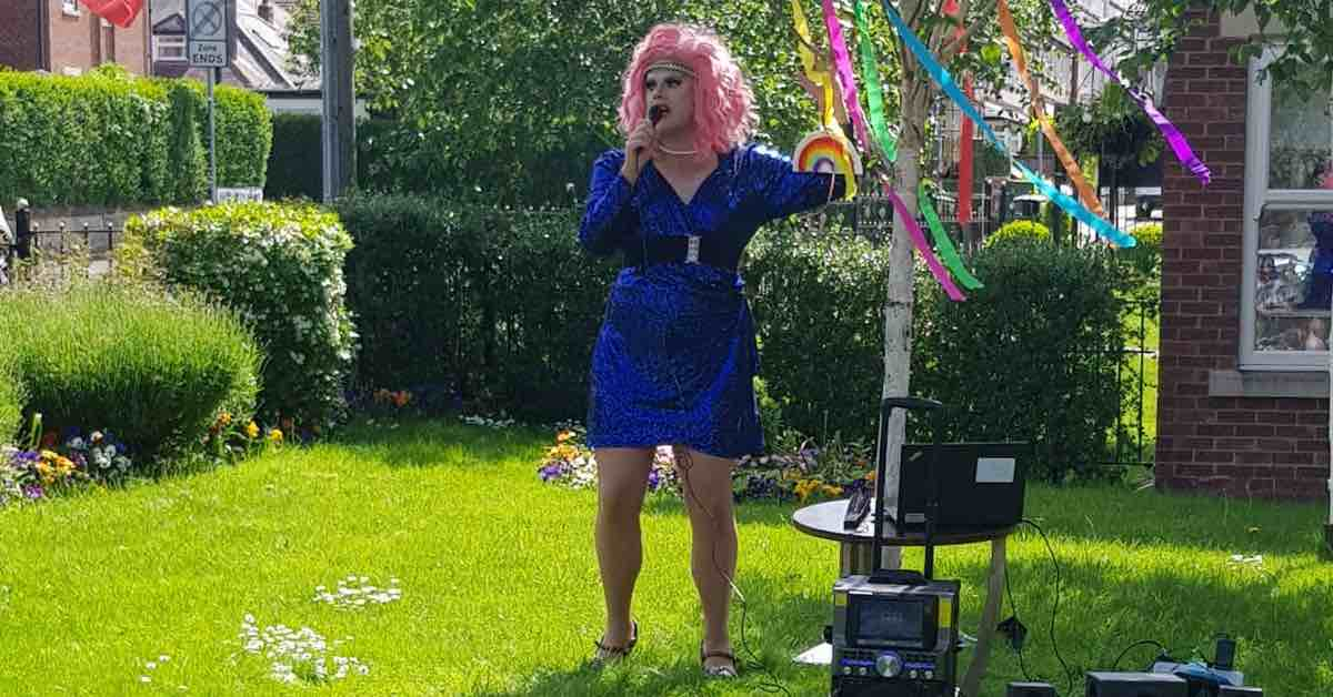 Drag queen visits care home to celebrate Pride 2021