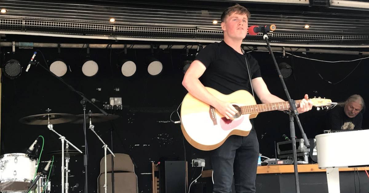 Ripon singer-songwriter takes centre stage