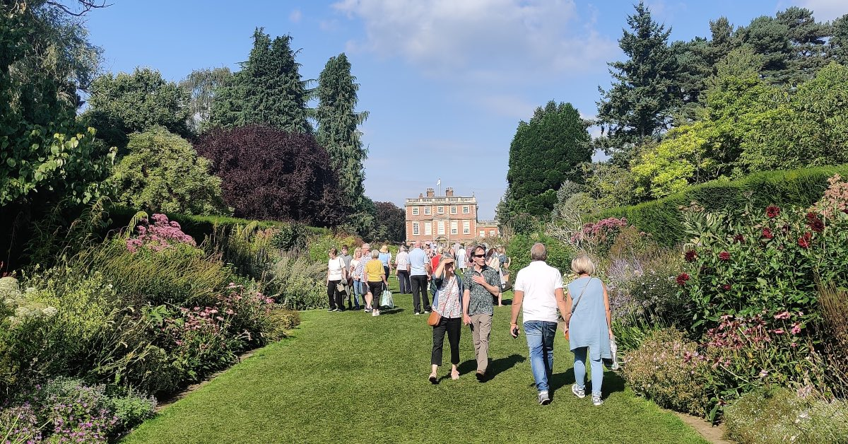Image gallery: Harrogate Autumn Flower Show blossoms at Newby Hall